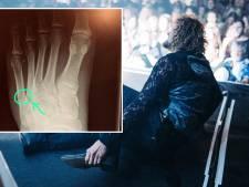 Di-Rectzanger Marcel breekt voet tijdens optreden