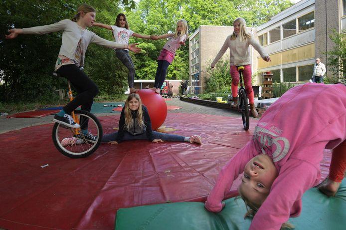 De Circusschool in actie in Wageningen