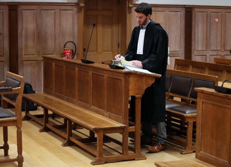 Start proces op Kortrijkse goudsmid Robert Ardenoy.