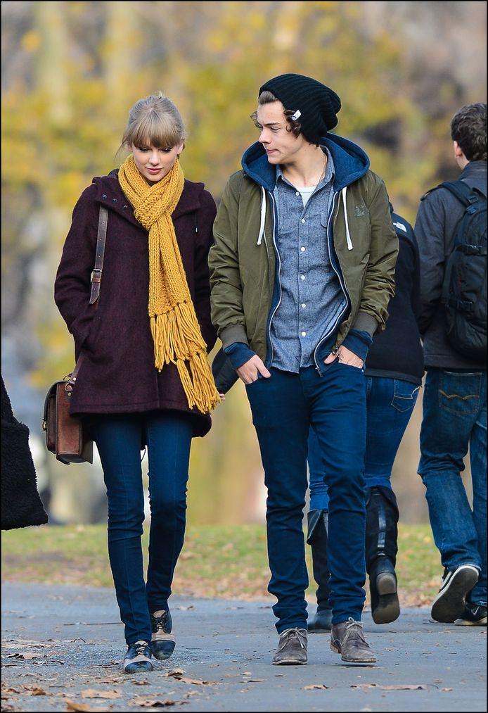 """Les fans de la chanteuse pensent également que sa chanson """"Style"""" est dédiée à Harry Styles, qu'elle a fréquenté en 2012."""