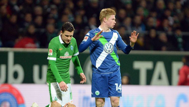 Kevin De Bruyne met Wolfsburg in een duel tegen Werder Bremen vorig seizoen.