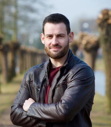 Geblesseerde Pascal Lucassen assistent-trainer bij DFS Arnhem