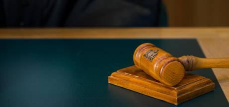 Vrijspraak voor Vlaardinger (42) die 'met minderjarigen bosjes in wilde'