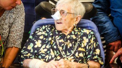Oudste inwoner van West-Vlaanderen overleden op 110-jarige leeftijd: zuster Genoveva (109) neemt fakkel over