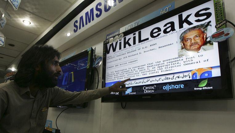 Onthullingen van WikiLeaks in een nieuwsprogramma in Pakistan. Beeld ap
