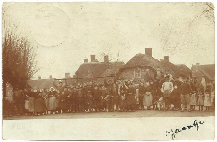 Een zeldzame foto van de Vlaas uit 1903 voor de grote brand van 1908.