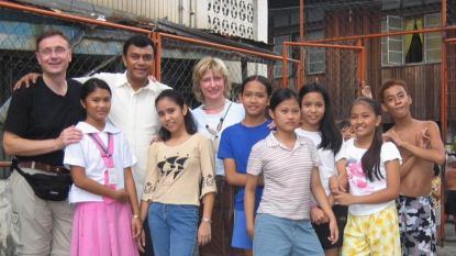 """Fairtrade-gemeente heeft uit vuilnisbelt geredde kinderen te gast: """"Ayude veranderde ons leven, maar wij weten nog steeds wat arm zijn is"""""""