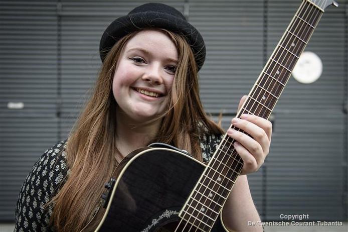 Singer-songwriter Lisa Nora komt uit in de categorie Typische Tokkelaars