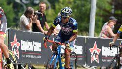Danilo Napolitano hangt zijn fiets aan de haak