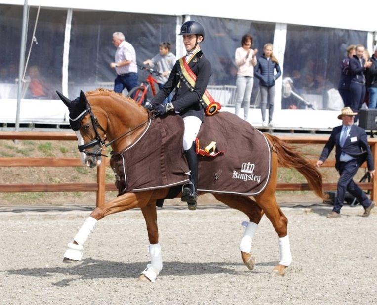 Alexander Goovaerts en zijn paard Habiba van het Bloemenhof pakten zaterdag de titel op het Belgisch kampioenschap dressuur Children.