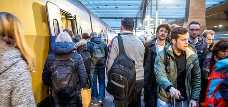 Geen treinen tussen Ede-Wageningen en Utrecht door aanrijding