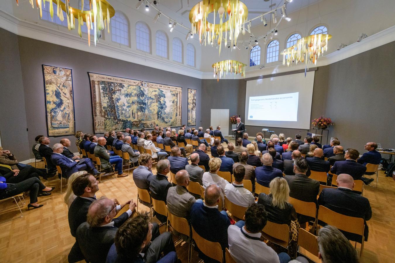 Voor het eerst werd de bijeenkomst in het Rijksmuseum gehouden.