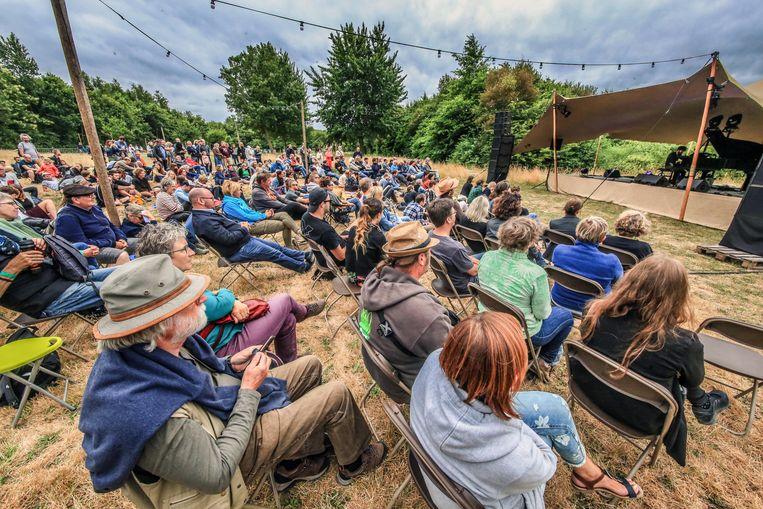 Wilde Westen organiseert onder meer Bos! festival in provinciaal domein Bergelen elke zomer. Er komen bekende, maar ook veel minder bekende artiesten optreden. Dergelijke optredens zijn risicovol.