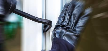 Drie inbrekers gearresteerd in Hengelo dankzij oplettende buurtbewoner die glas hoort breken