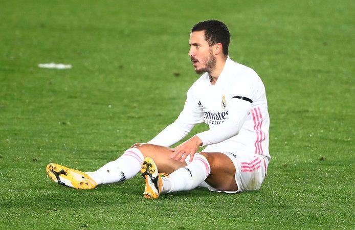 Ook Eden Hazard raakte opnieuw geblesseerd.