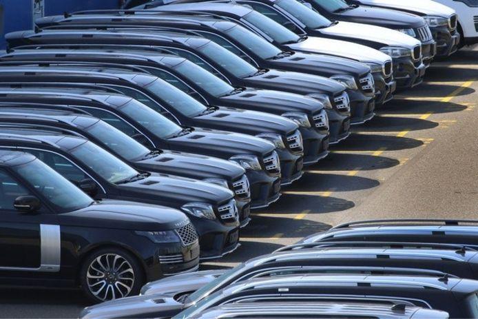 Nieuwe Range Rovers klaar voor transport