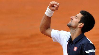 Djokovic pas na 2,5 uur klaar met taaie Ferrer