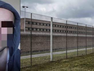 Jaar cel voor gedetineerde die cipier tot bloedens toe op het hoofd slaat met deksel van waterkoker