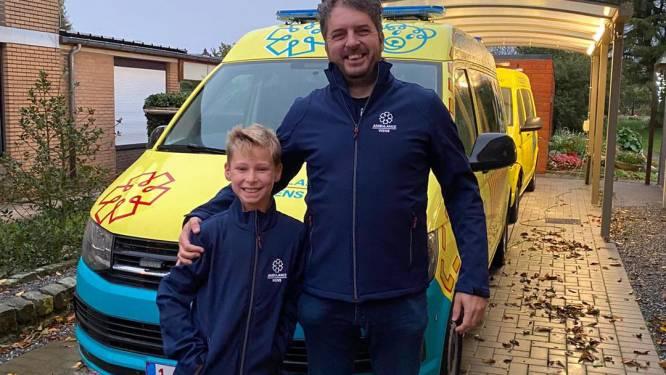 Jonge Diepenbekenaar verkoopt kastanjes en schenkt 35 euro aan 'Ambulance Wens België'