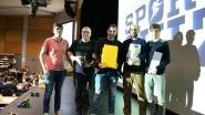 HLN-journalisten winnen quiz AC Lebbeke