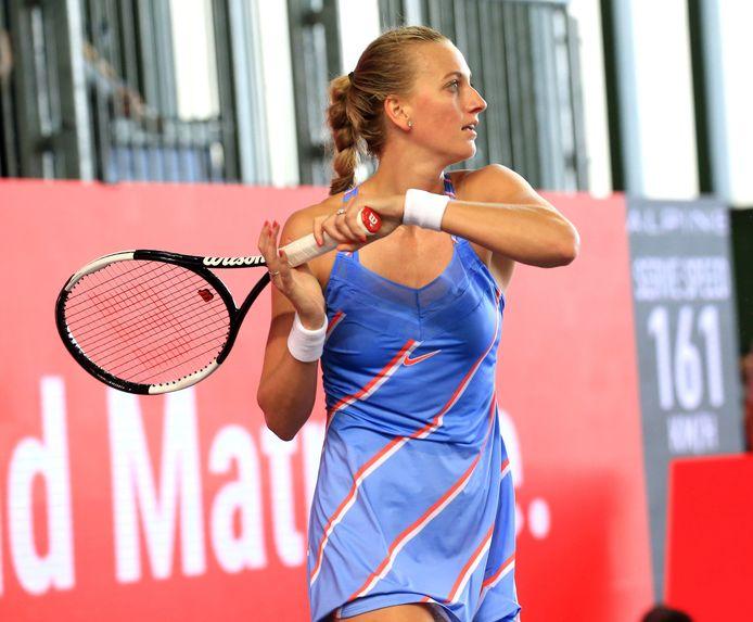 Petra Kvitova komt zowel op gras als hardcourt goed voor de dag.