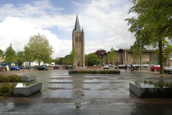 Het Kerkplein in Son en Breugel. Archieffoto.