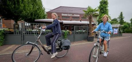 Griepprik halen in gemeentehuis en De Kroon in Markelo