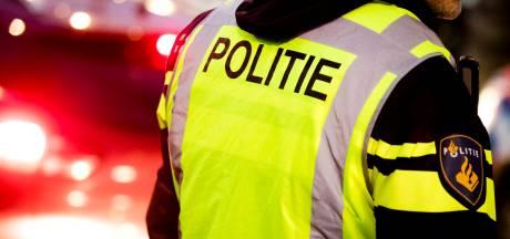 Politie rukt groot uit voor aanhouding in Beverwijk