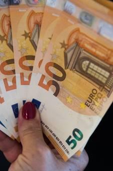 Man en vrouw in Schiedam aangehouden voor uitkeringsfraude van ruim 65.000 euro