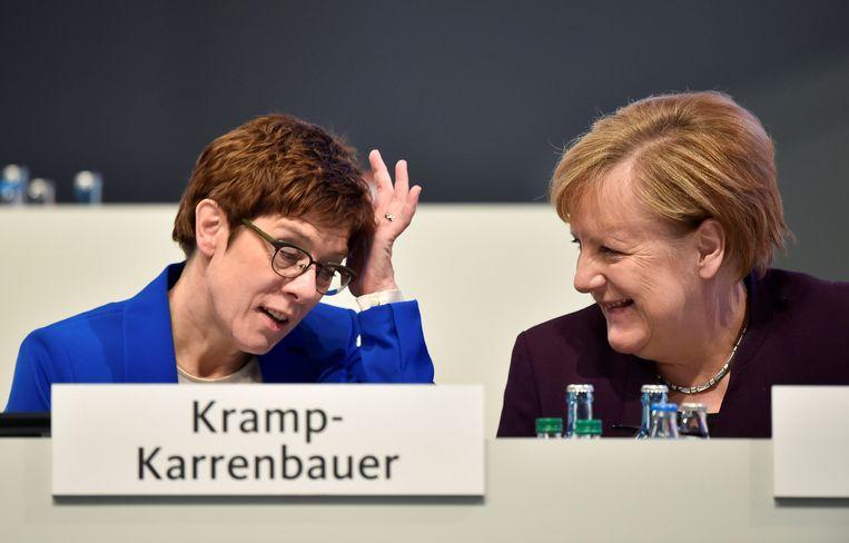 Kramp-Karrenbauer wordt al jarenlang gezien als de opvolgster van Angela Merkel.