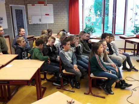 Verkiezingsstrijd barst los in Kapelle; wie o wie wordt de nieuwe kinderburgemeester?