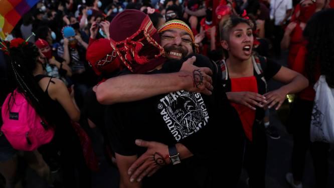 """""""Grote meerderheid Chilenen stemt voor wijziging Pinochets grondwet"""""""