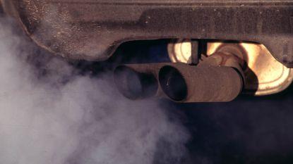 Overheid rijdt met vuilere auto's dan Vlaming