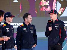Duizenden fans juichen de F1-coureurs toe in hartje Melbourne