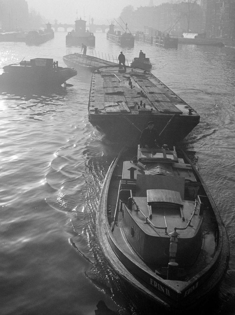 Amsterdam, november 1945. Beeld Werner Bischof