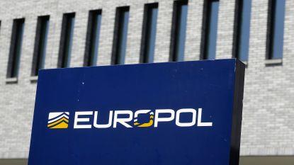 Belangrijke mensensmokkelaar opgepakt door Europol