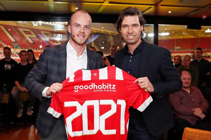 Jorrit Hendrix verlengt zijn contract bij PSV.