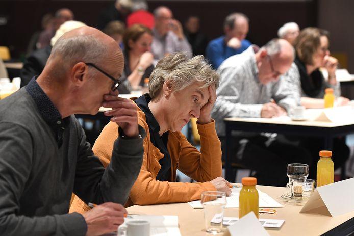 Deelnemers aan het Groot Dictee in Sint Anthonis.