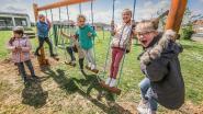 Kinderen kunnen naar hartelust klimmen en klauteren op vernieuwde speelplaats De Windroos