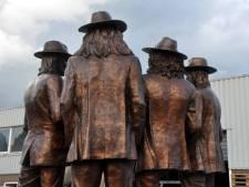 Hij is af: het bronzen standbeeld van Normaal!
