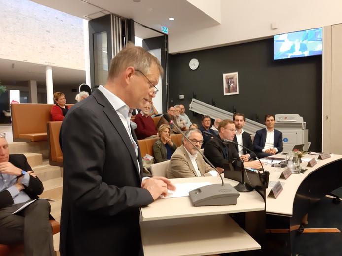 Voormalig raadslid Antoon Peppelman (PvdA) nam donderdagavond afscheid van de Bronckhorster gemeenteraad.