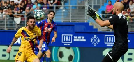 Barça heeft het één helft lastig met brutaal Eibar