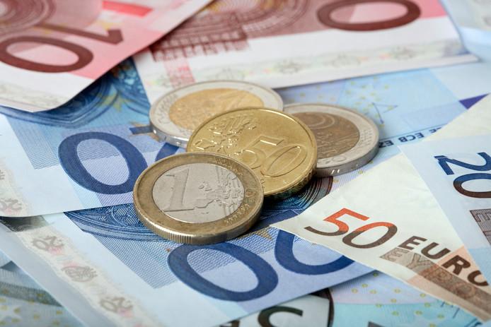 Doesburg trekt de portemonnee om mensen aan het werk te helpen en de binnenstad opnieuw in te richten.