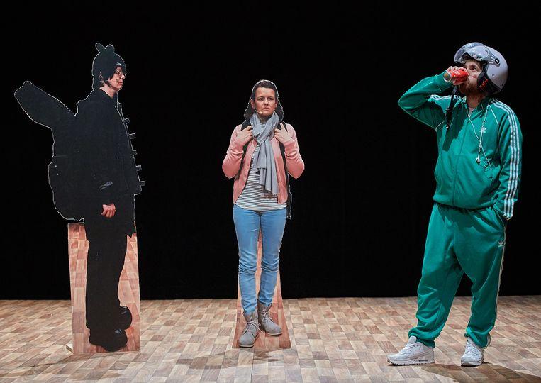 Scène uit '(…..) Een voorstelling die schijt heeft aan zijn eigen vage titel'. Beeld Jörg Baumann