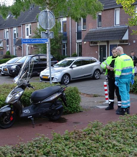 Brommerrijder lichtgewond bij botsing met scooter in Ede