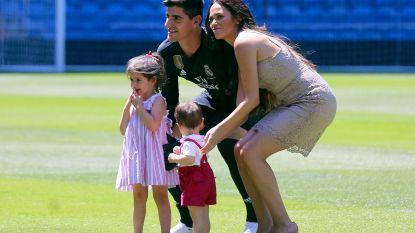 """Zaakwaarnemer Courtois vertelt hoe transfer naar Real Madrid tot stand kwam: """"Als zijn familie in Londen zou wonen, zou hij bij Chelsea gebleven zijn"""""""