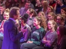 Nobelprijswinnaar boeit Zwolse leerlingen met 'eigen molecuul'