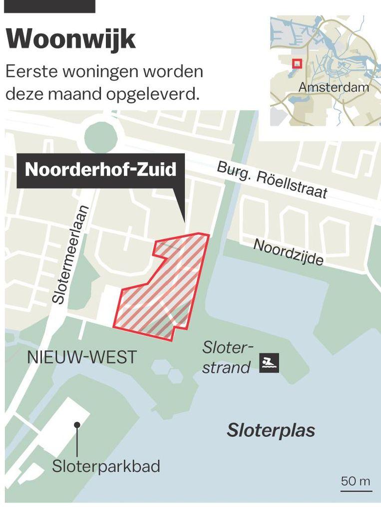 Er is een troost voor de bewoners van Noorderhof. Ze hebben het strand binnen handbereik Beeld Laura van der Bijl