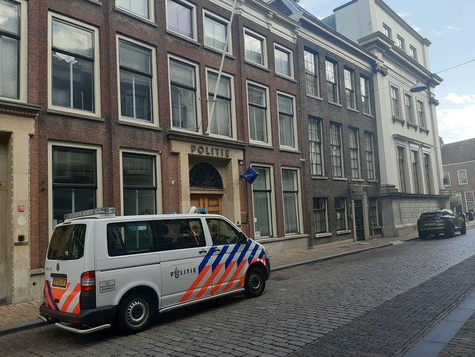 Het politiebureau op de Groenmarkt staat te koop.