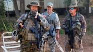 Maak kennis met een gewapende Trump-steunende militie die in de bossen traint ter voorbereiding op winst Clinton